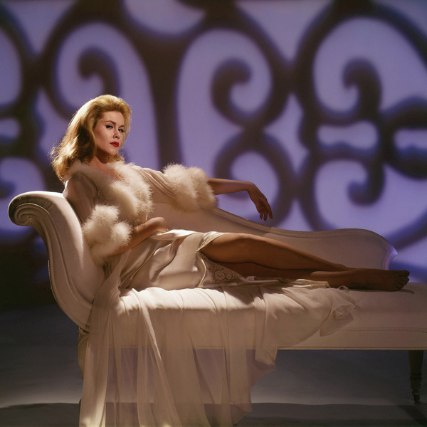 "Elizabeth Montgomery in ""Who"