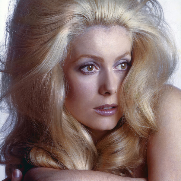 "Catherine Deneuve in ""The April Fools""1969** I.V. - Image 24322_0159"