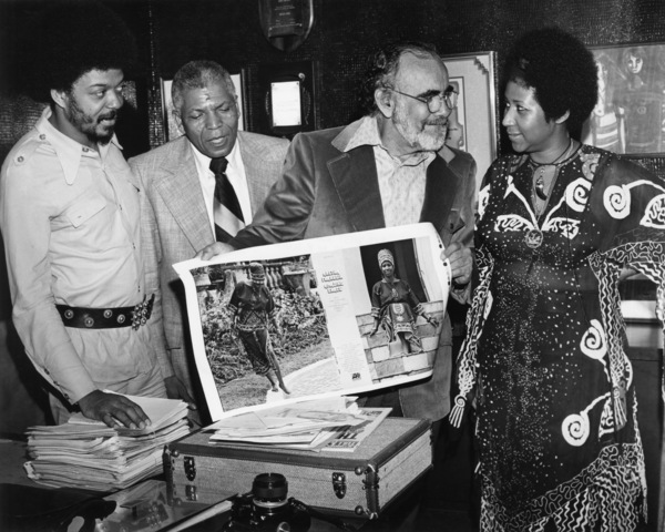 Red Allen, producer Jerry Wexler and Aretha Franklincirca 1970s** I.V.M. - Image 24322_0171