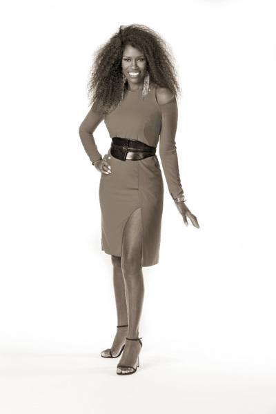 Bozoma Saint John, Head of Global Consumer Marketing, iTunes & Beats Music (Photographed at Apple Corp. Office, Culver City, CA)January 24th, 2017© 2017 Bobby Holland - Image 24331_0189