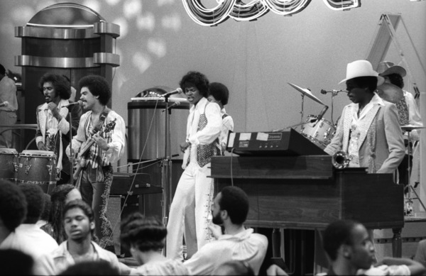 """Switch"" performing live on Soul Train(Tommy DeBarge, Eddie Fluellen, Bobby DeBarge, Jody Sims, Phillip Ingram, Gregory Williams)circa 1970s© 1979 Bobby Holland - Image 24331_0233"