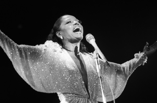 Diana Ross performing live in Las Vegascirca 1970s© 1978 Bobby Holland - Image 24331_0252