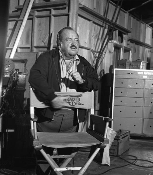 """William Conrad on set of """"Cannon""""1974© 1978 Wynn Hammer - Image 24344_0001"""