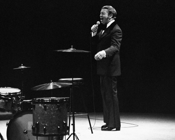 Mel Torme performing at the Westbury Music Fair in New York1974© 1978 Barry Kramer - Image 24354_0039