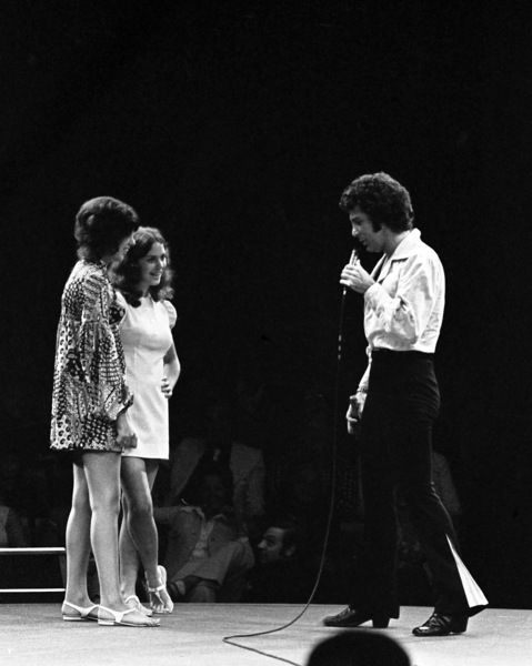 Tom Jones performing at Westbury Music Fair in New York 1971 © 1978 Barry Kramer - Image 24354_0090