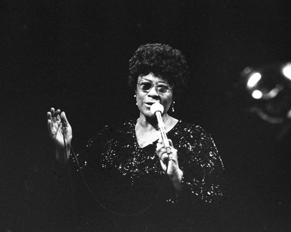 Ella Fitzgerald performing at the Westbury Music Fair1975© 1978 Barry Kramer - Image 24354_0264