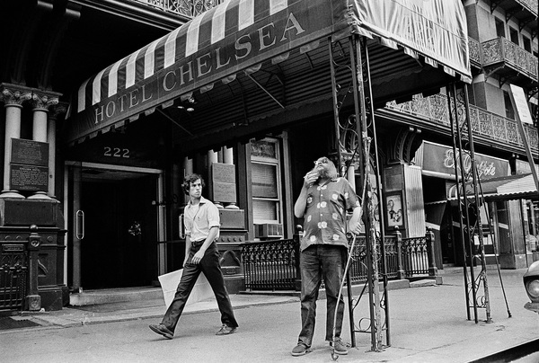 The Chelsea Hotel in New York Citycirca 1973-1974© 1978 Peter Angelo Simon - Image 24364_0008