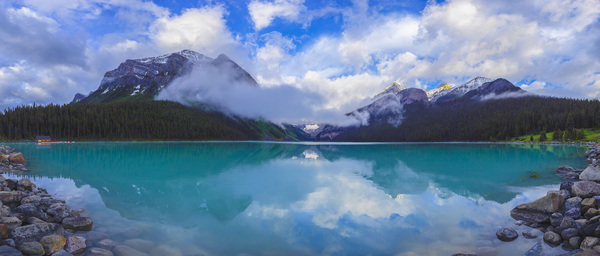 Lake Louise in Banff National Park, Canada2016© 2017 Viktor Hancock - Image 24366_0026