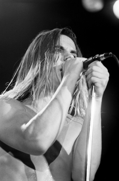 Red Hot Chili Peppers (Anthony Kiedis) at the Palace in Hollywood1985© 1985 Ivy Ney - Image 24372_0016