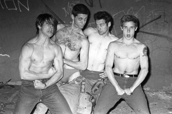 Red Hot Chili Peppers (Anthony Kiedis, Flea, Cliff Martinez, Jack Sherman)circa 1985© 1985 Ivy Ney - Image 24372_0028