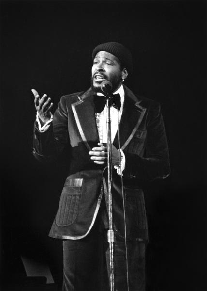 Marvin Gaye performing in Atlanta 1975© 1978 Steve Banks - Image 24377_0018