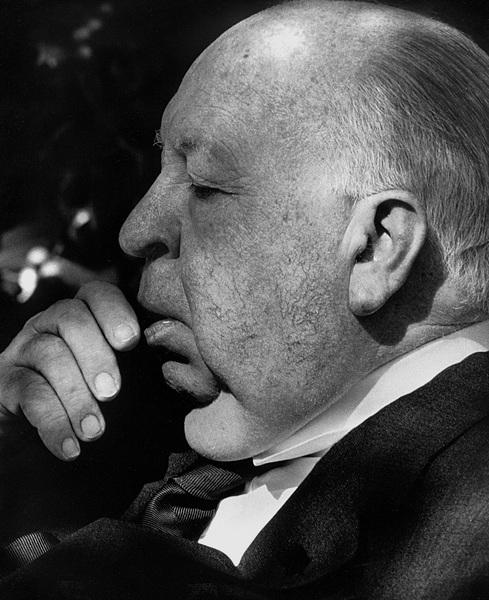 Alfred Hitchcock at his Bel Air home 1977© 1978 Steve Banks - Image 24377_0030