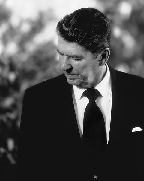 Ronald Reagan (President-elect) in Culver City, CA 1980© 1980 Steve Banks - Image 24377_0167