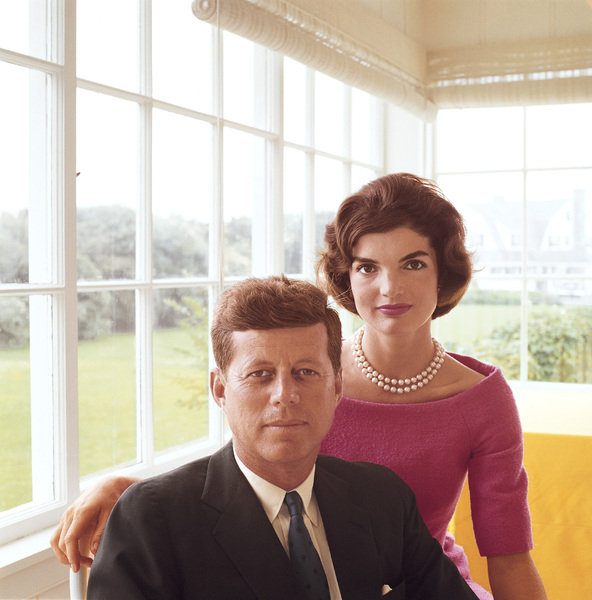 John F. Kennedy and Jacqueline Kennedy at Hyannis Port1959 © 2000 Mark Shaw - Image 2554_0035
