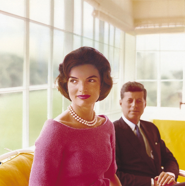 Jacqueline Kennedy and John F. Kennedy at Hyannis Port1959 © 2000 Mark Shaw - Image 2554_0040