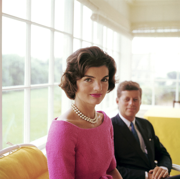Jacqueline Kennedy and John F. Kennedy at Hyannis Port 1959 © 2000 Mark Shaw - Image 2554_0085