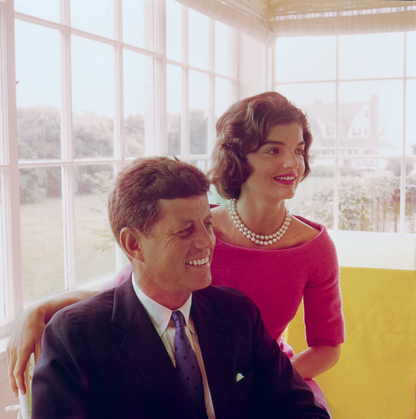 Jacqueline Kennedy and John F. Kennedy at Hyannis Port1959 © 2000 Mark Shaw - Image 2554_0091