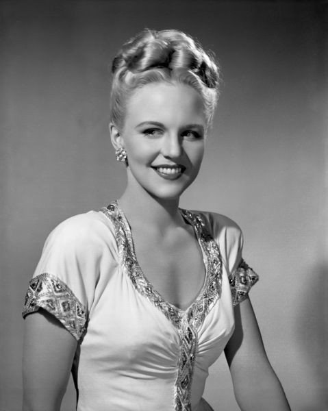 """Peggy Lee in """"Banquet of Melody"""" (short)1946 Universal** I.V. / M.T. - Image 2586_0253"""