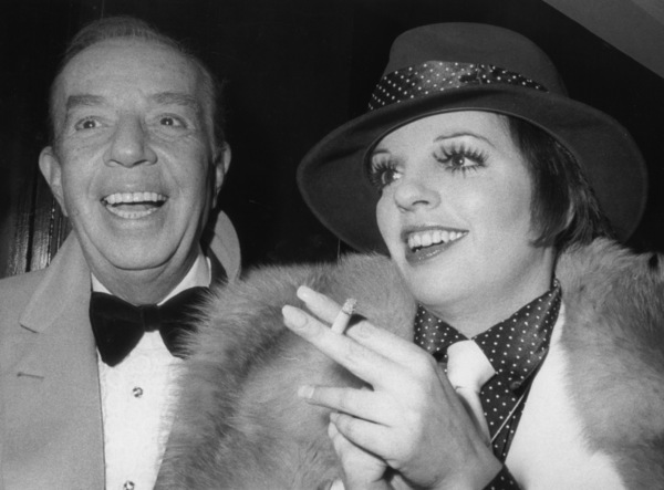 Liza Minnelli with father Vincenteat a broadway premiere after partyJanuary 6, 1974 - Image 2703_0081