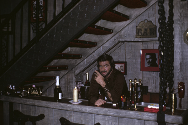 Burt Reynolds at his Beverly Hills home1973© 1978 David Sutton - Image 2868_0134
