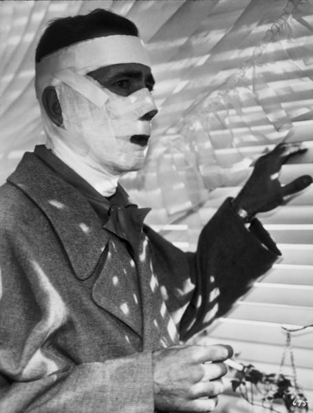 """""""Dark Passage""""Humphrey Bogart1947 Warner Bros.MPTV - Image 3384_0032"""