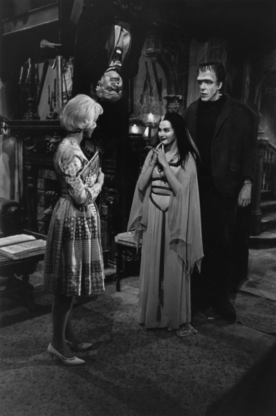 """The Munsters""Beverley Owen, Al Lewis, Yvonne De Carlo, Fred Gwynne1964© 1978 Bob Willoughby - Image 3600_0130"