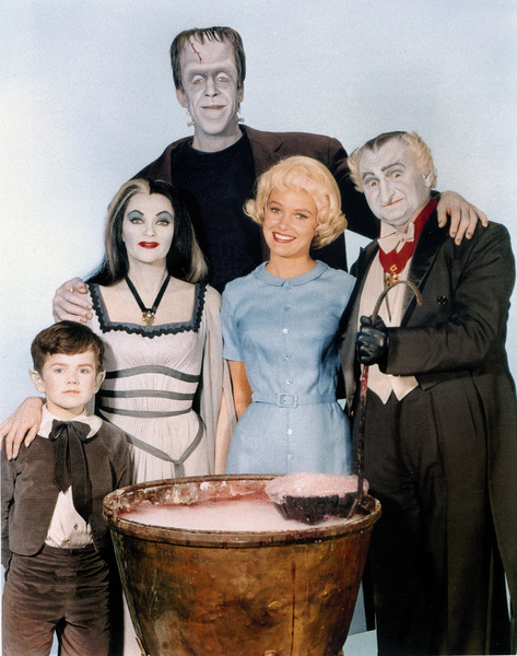 """""""The Munsters""""Butch Patrick, Yvonne De Carlo, Fred Gwynne, Beverley Owen, Al Lewiscirca 1964** Part of the Kevin Burns Collection - Image 3600_0278"""