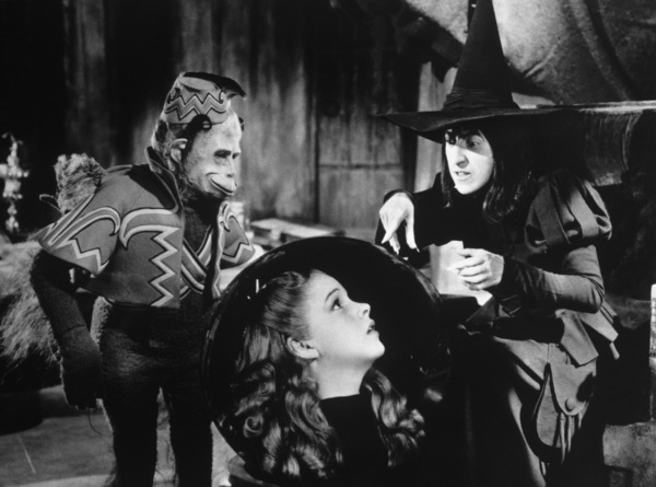 """The Wizard of Oz""Judy Garland, Margaret Hamilton1939 MGM - Image 3823_0026"