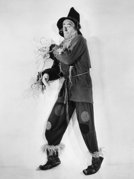 """The Wizard of Oz""Ray Bolger1939 MGM - Image 3823_0043"