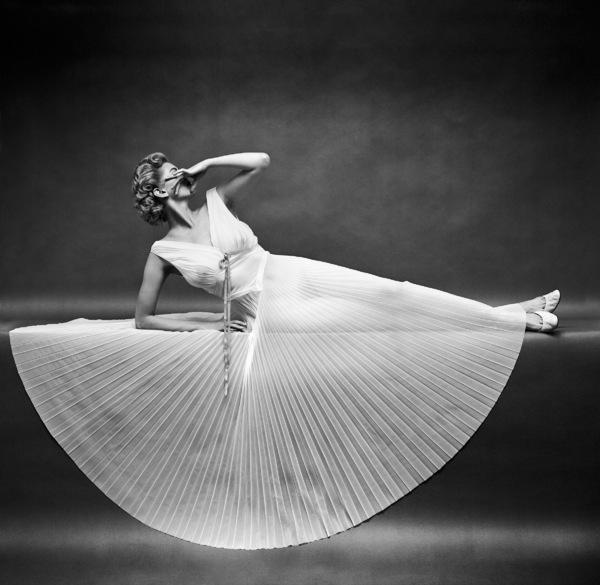 """Fashion""Model wearing Vanity Fair gowncirca 1950 © 2005 Mark Shaw - Image 3956_0950"