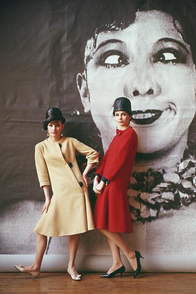 Models in Nina Ricci1961 © 2008 Mark Shaw - Image 3956_0976