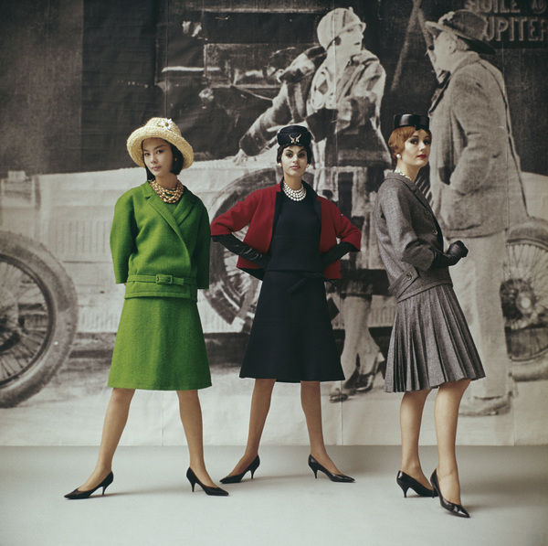 "Dior fashion models wearing ""Vert gazon,"" ""Gavroche,"" and ""Flirt"" ensembles (Spring-Summer Haute Couture collection, Slim Look line)1961© 2013 Mark Shaw - Image 3956_1120"