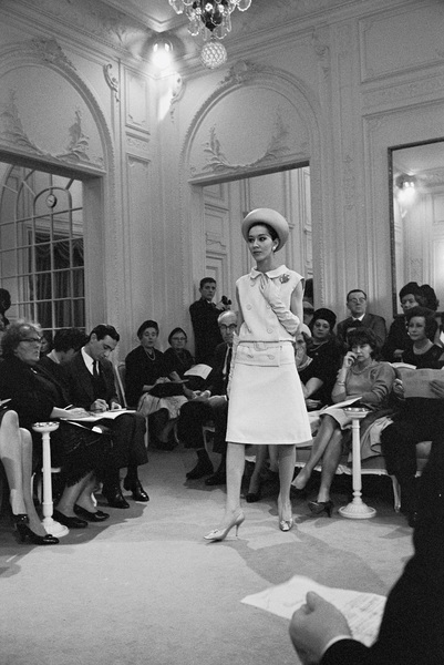 Dior fashion model wearing ensemblecirca 1958© 2017 Mark Shaw - Image 3956_1266