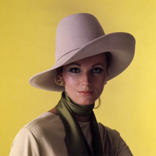 Fashion (Willie Koopman for a Max Factor ad)circa 1967© 1978 Sid Avery - Image 3956_1286