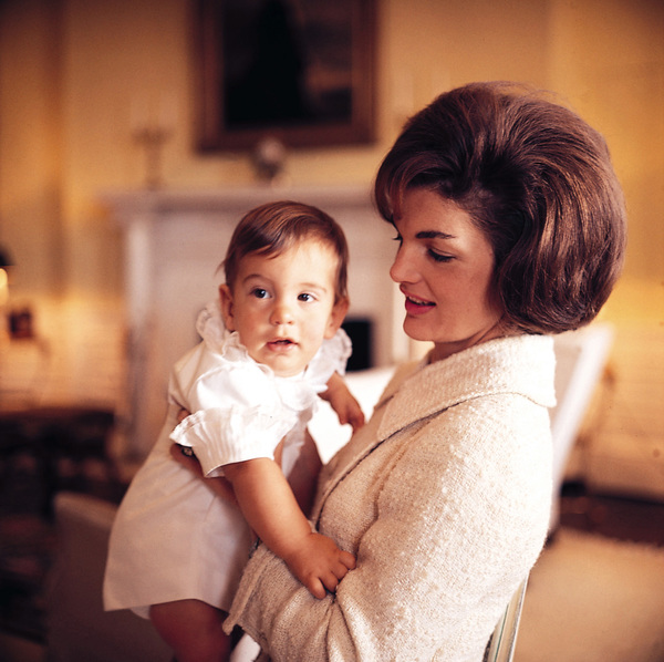 John Kennedy Jr. and Jacqueline Kennedy at The White House1961 © 2000 Mark Shaw - Image 4027_0043