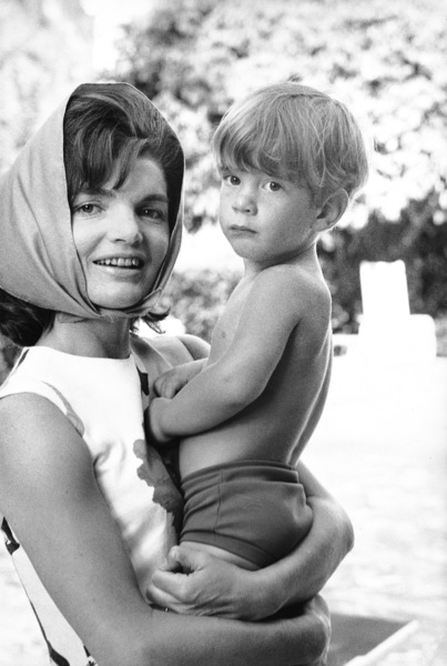 Jacqueline Kennedy and John Kennedy Jr. at Palm Beach1963 © 2000 Mark Shaw - Image 4027_0056