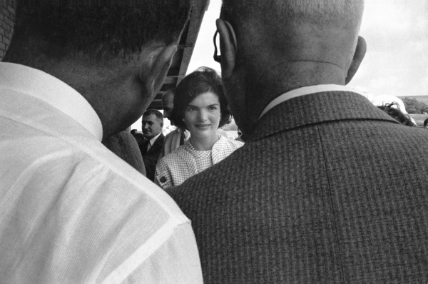 Jacqueline Kennedy in Wheeling, West Virginia 1959 © 2000 Mark Shaw - Image 4027_0066