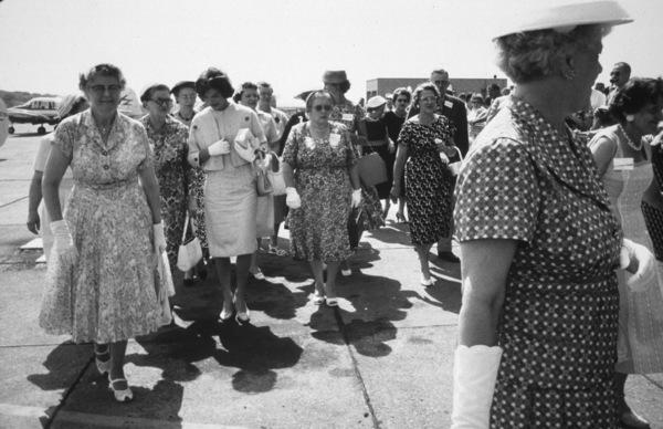 Jacqueline Kennedy at Wheeling, West Virginia 1959 © 2000 Mark Shaw - Image 4027_0103