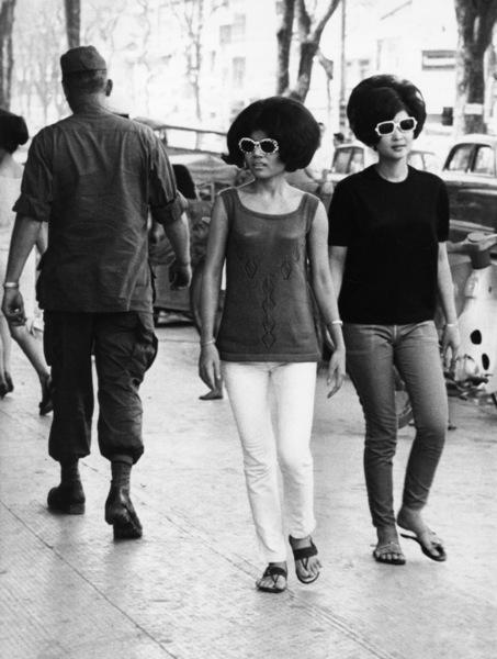 (Vietnam) SaigonJanuary 1968Photo by Nguyen Thanh Tai - Image 4369_0012