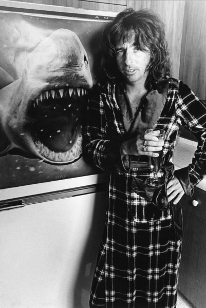 Alice Cooper at home1976 © 1978 Ulvis Alberts - Image 4842_0006