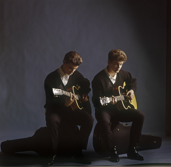 Vintage publicity studio portrait of pop celebrity musicians The Everly Brothers, Phil and Don, taken in Manhattan, New Yorkcirca 1960 © 2005 Michael Levin - Image 4956_0045