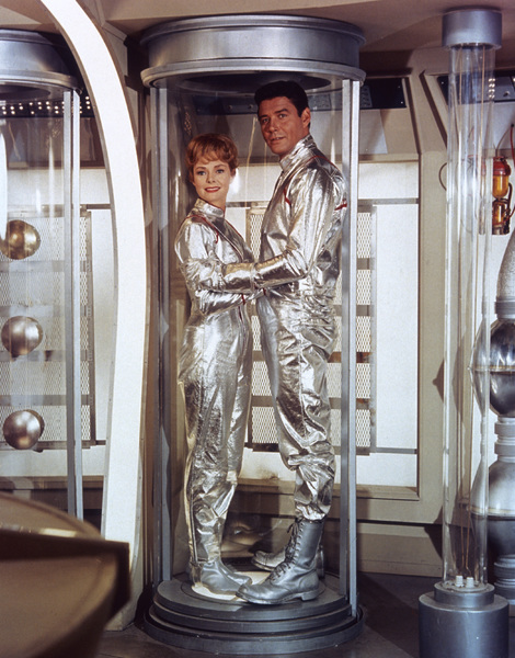 """Lost in Space"" June Lockhart, Guy Williams circa 1965 © 2009 Space Productions ** I.A. - Image 5095_0188"