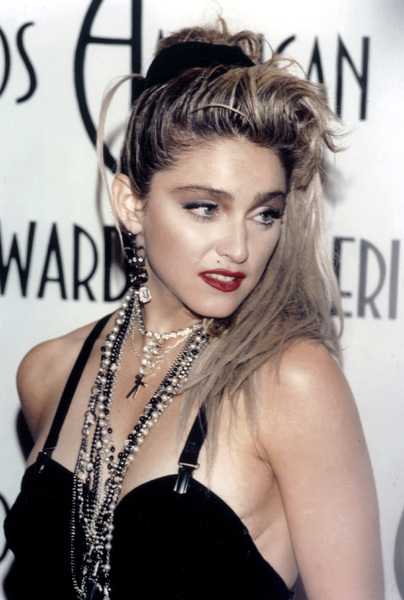 """Madonna at """"The 12th Annual American Music Awards"""" on January 28, 1985 - Image 5384_0022"""