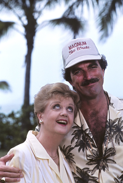 """Magnum, P.I."" (Episode: Novel Connection)Angela Lansbury, Tom Selleck1986 © 1986 Gene Trindl - Image 5412_0109"