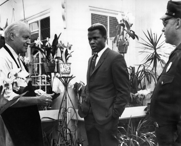 """""""In the Heat of the Night""""Sidney Poitier, Larry Gates, Rod Steiger1967 United Artists - Image 5502_0079"""