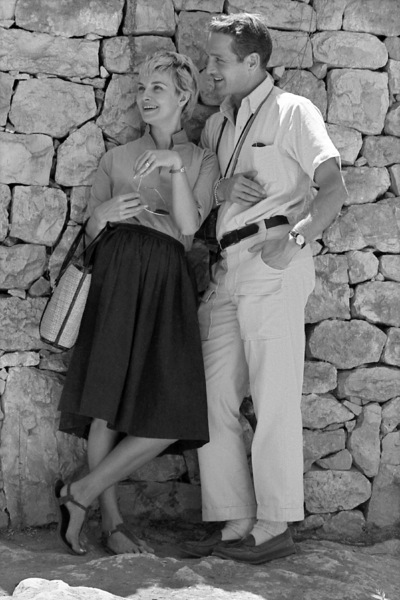 """Paul Newman and Joanne Woodward on location in Israel during the making of """"Exodus""""1960 United Artists © 1978 Leo Fuchs - Image 5505_0011"""