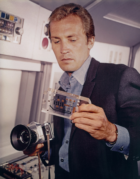 """The Invaders""Roy Thinnes1967 - Image 5635_0011"