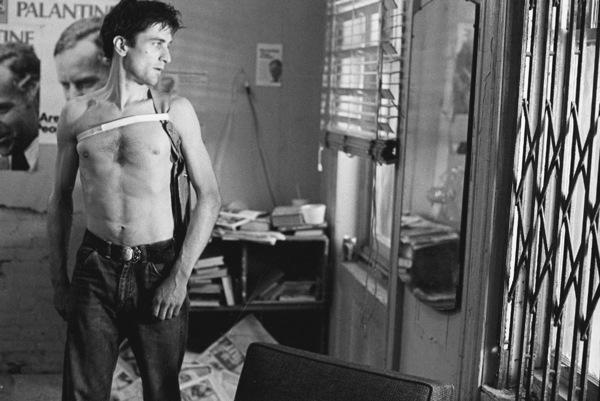 """Taxi Driver""Robert De Niro © 1976 ColumbiaPhoto by Josh Weiner / **I.V. - Image 5831_0014"