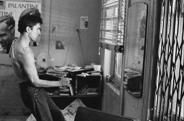 """Taxi Driver""Robert De Niro © 1976 ColumbiaPhoto by Josh Weiner / **I.V. - Image 5831_0016"