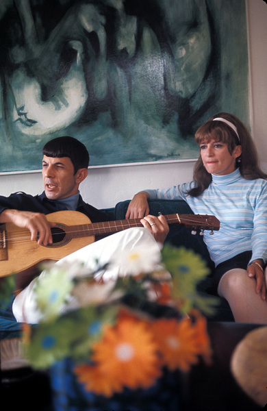 Leonard Nimoy with wife Sandra ZoberHome in Westwood, California1966 © 1978 Gunther - Image 5846_0006